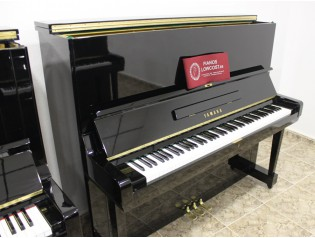 piano vertical u3