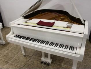 piano auditorium
